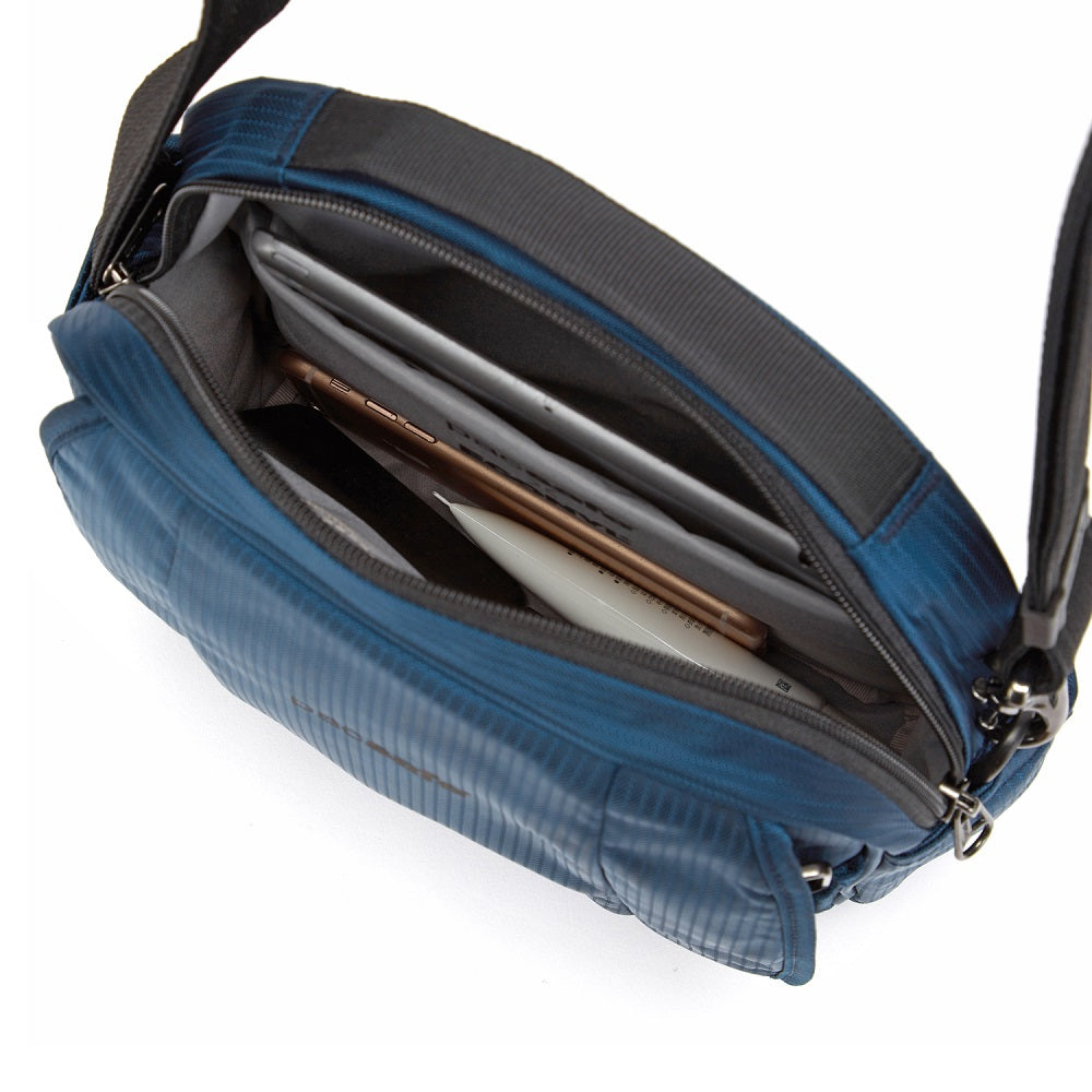 Inside view of the Pacsafe Metrosafe LS200 Anti-Theft Crossbody Bag color Ocean made with ECONYLu00ae regenerated nylon