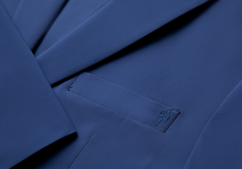 Detail of The Triton Suit Jacket State Of Matter color Blue made with ECONYLu00ae regenerated nylon