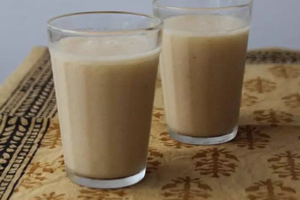 graviola smoothie with coconut milk, cardamom, nutmeg and ginger