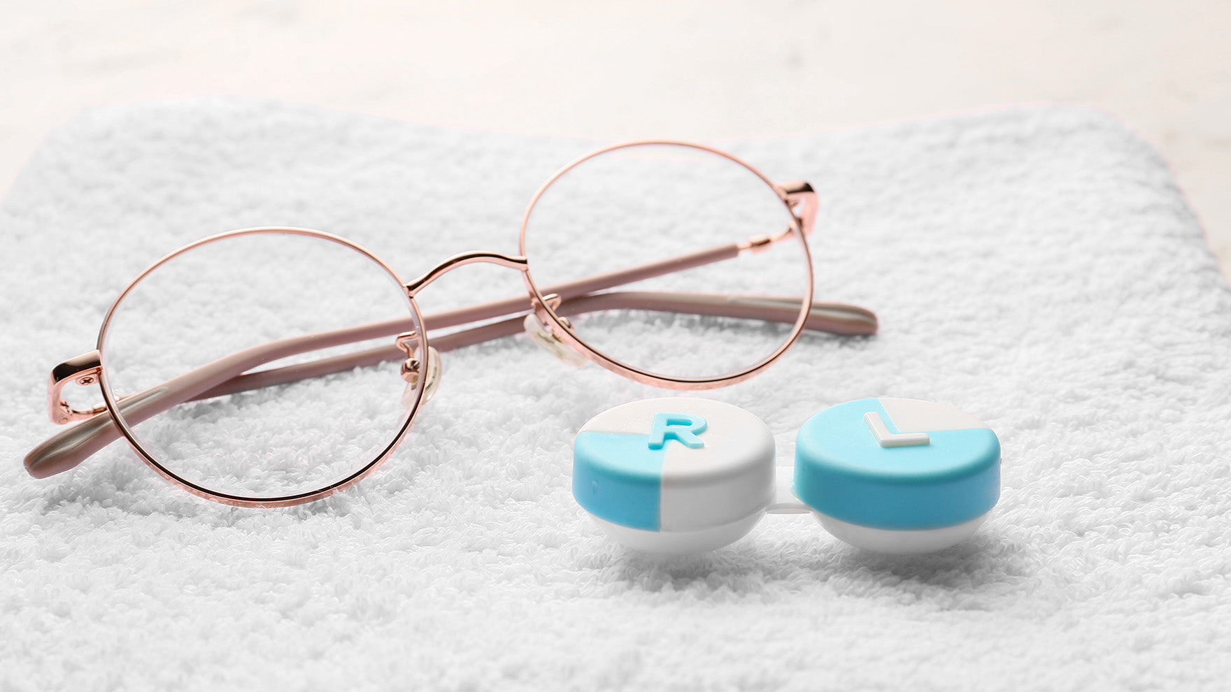 Which Is Better: Eyeglasses vs. Contact Lenses