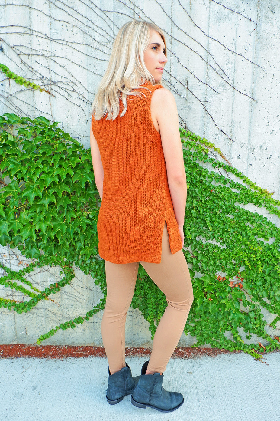 Pumpkin Turtleneck Sleeveless Sweater
