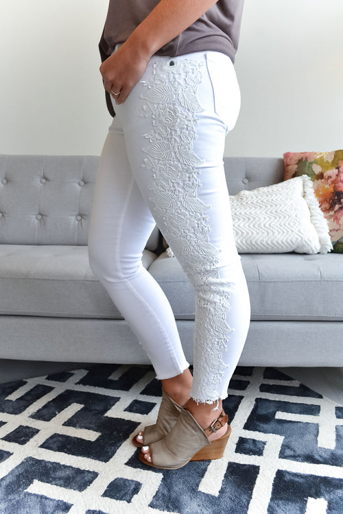 KUT Embroidered Optic White Connie Skinny
