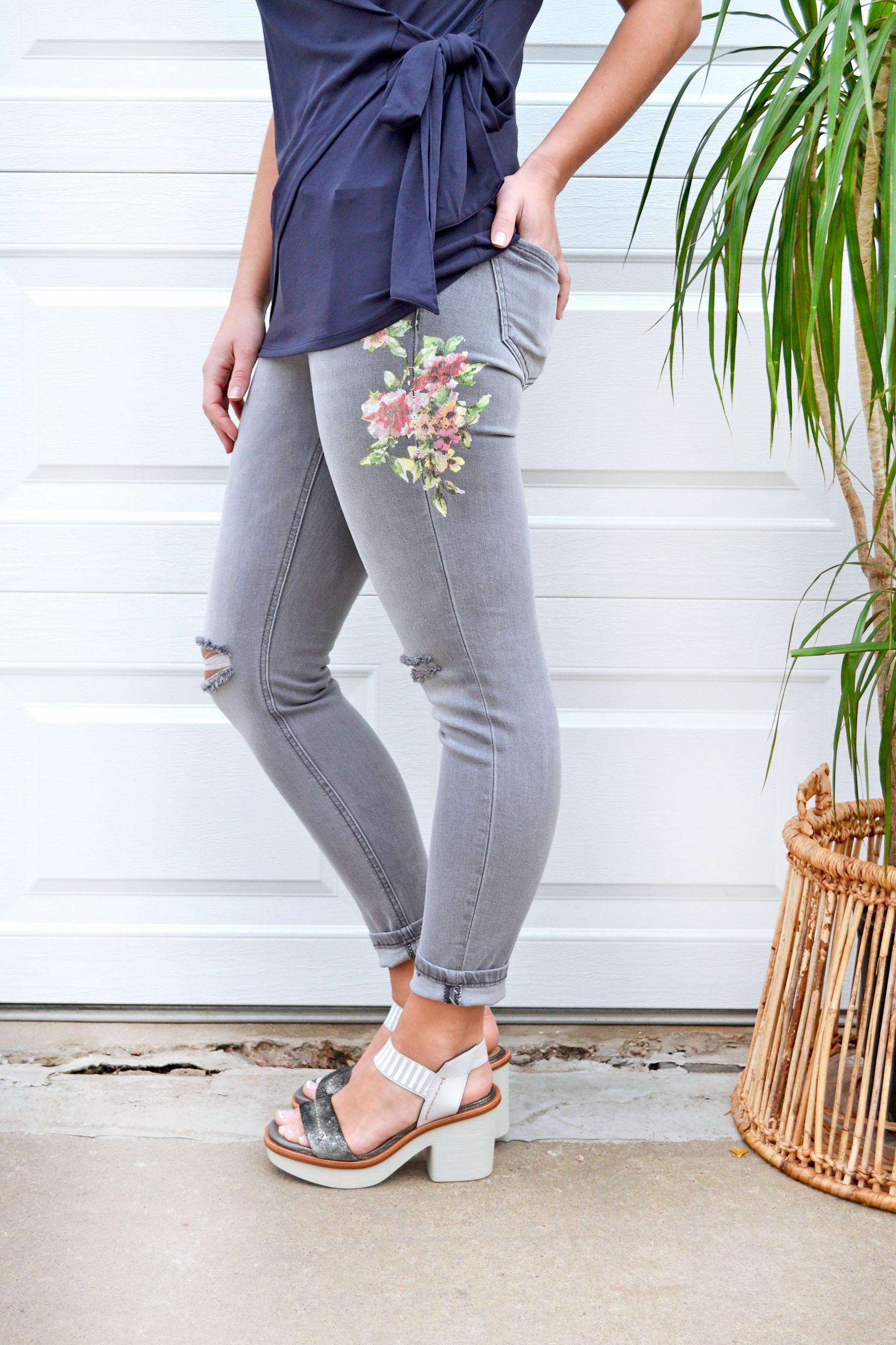 Grey Floral Ripped Skinny