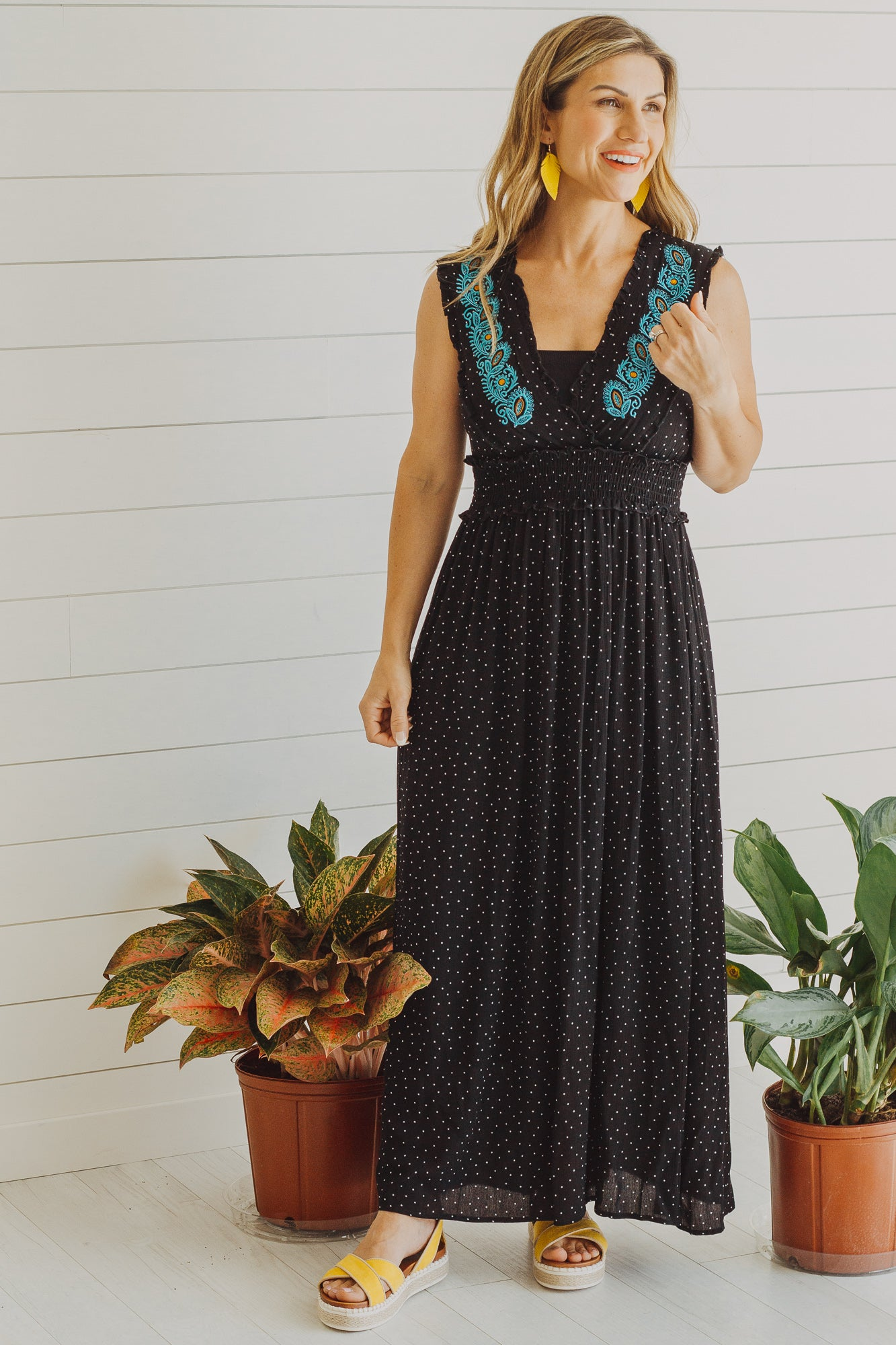 Lily Embroidered Maxi Dress *Black