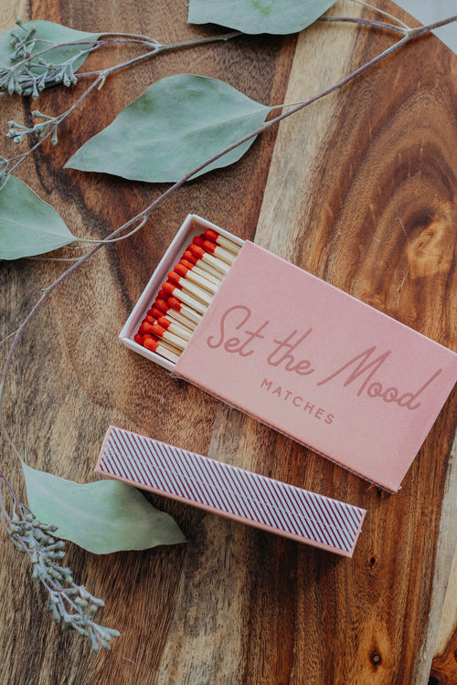 "Blush ""Set the Mood"" Matches"