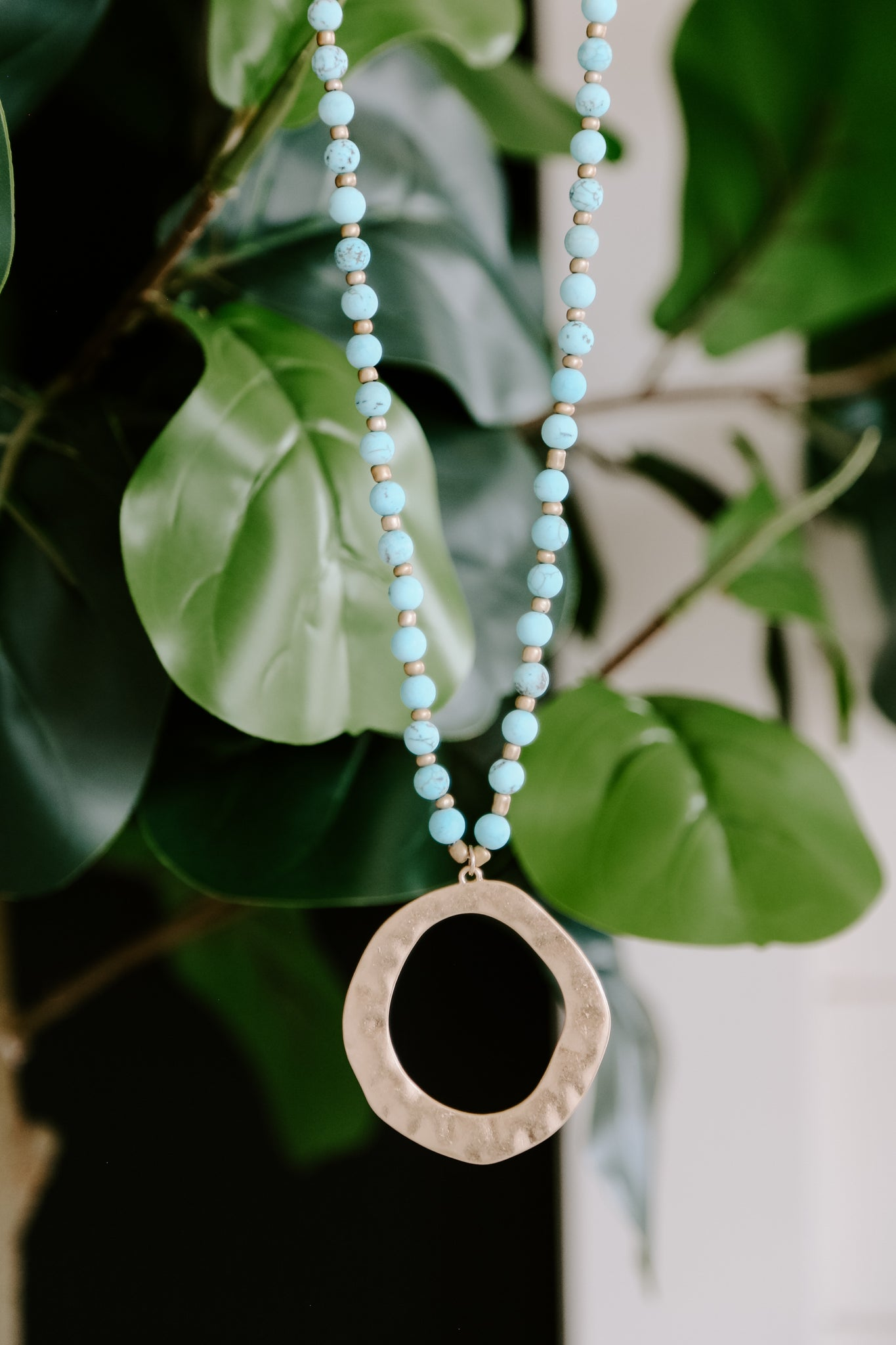 Circle Stone Necklace *Turquoise