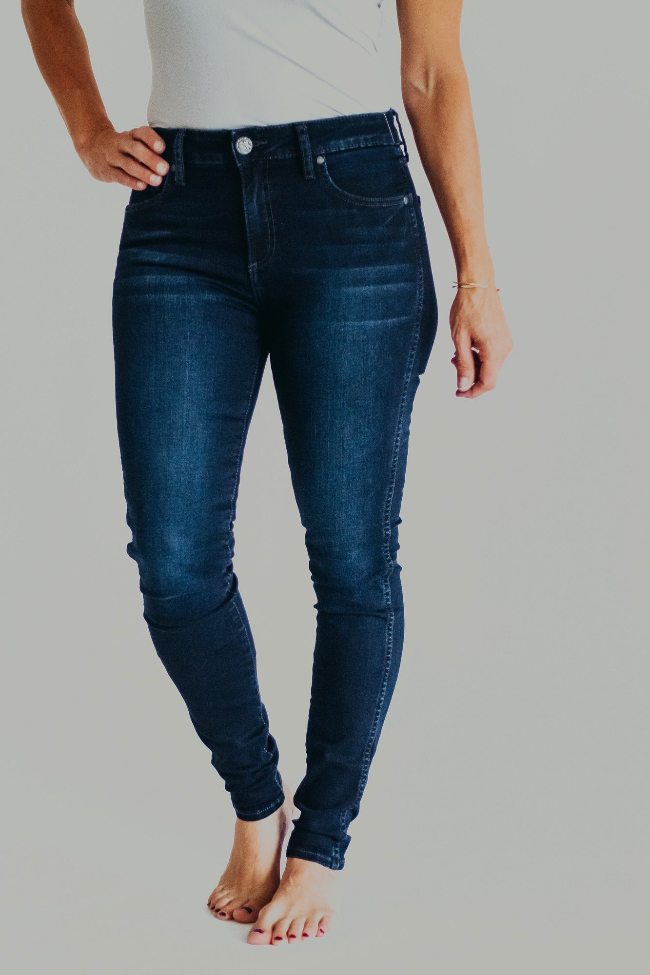 KUT Mia High Rise Fab Ab Skinny *Uncover Wash