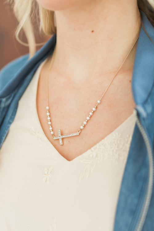 Pearls and Cross Necklace