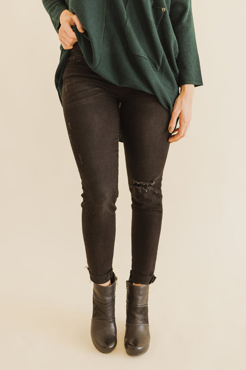 KUT Ideal Black Base Connie Skinny
