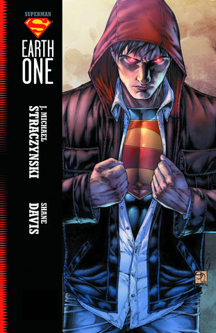 Superman - Earth One Vol 001