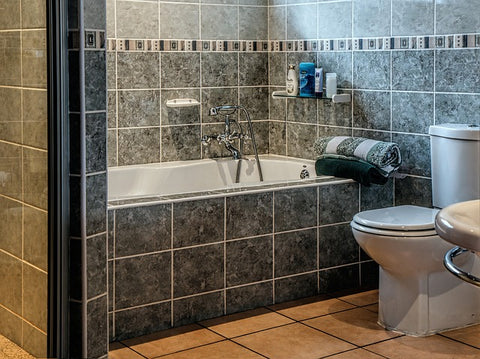 how to clean bathroom tiles stain