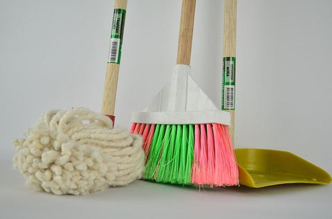 housekeeping cleaning equipment