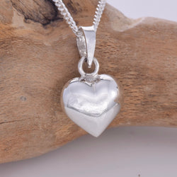 P744 - Silver puff heart pendant 8mm