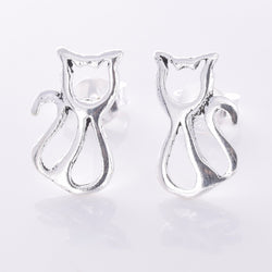 S617 -  Sterling silver sitting cat stud earrings