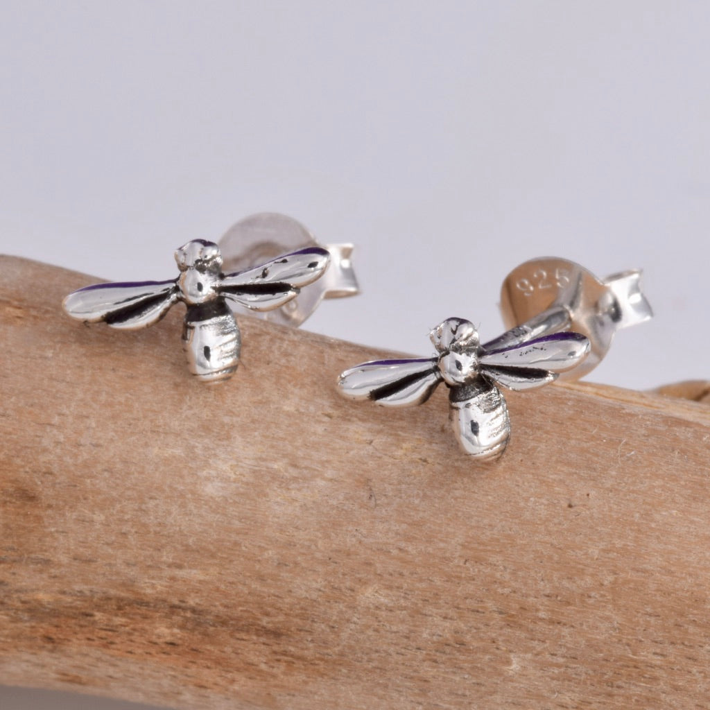 S524 - Bumble bee stud earrings