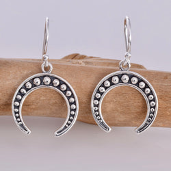 E601 - Horn shape silver earrings