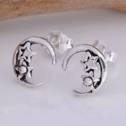 S590- Moon & star stud earrings