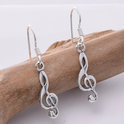 E670 - 925 Silver treble clef earrings