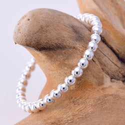 R013 - Silver bead ring