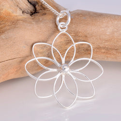 P490 - Water Lily 925 silver pendant