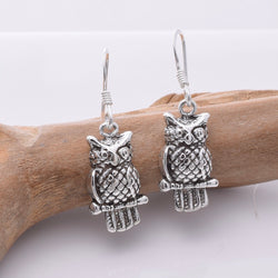 E674 - 925 Silver owl earrings