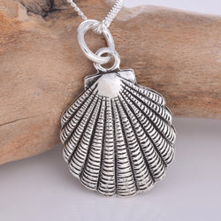 P711 - Large silver scallop shell pendant