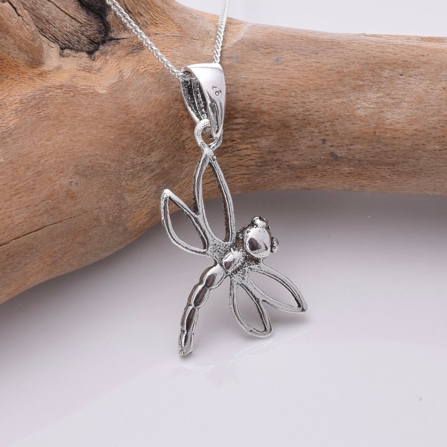P805 - 925 Silver dragonfly pendant