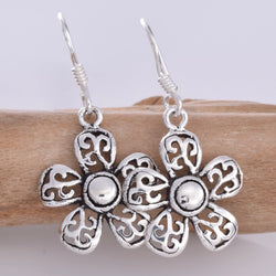 E628 - Daisy filigree earrings