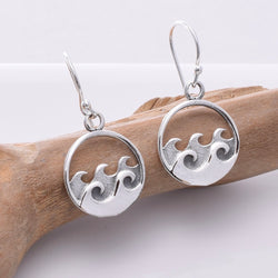 E659 - 925 Silver Wave design earrings