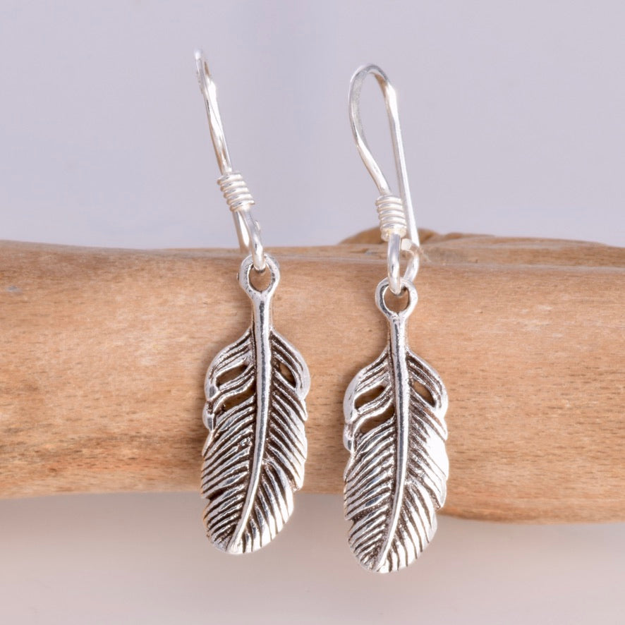 E421 - Broad Feather drop earring