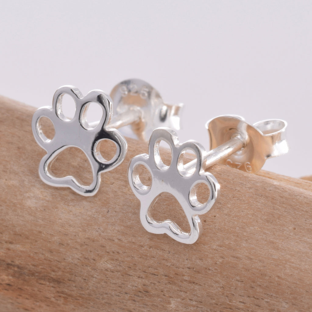 S503 - Paw design silver stud earrings