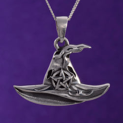P633 - 925 Witches Hat pendant