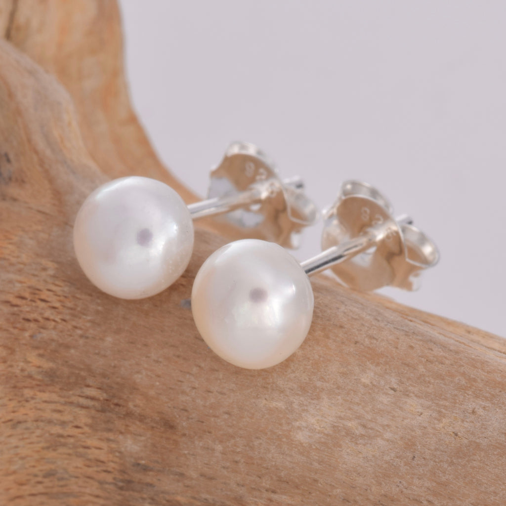 S023 5mm imitation pearl stud earrings