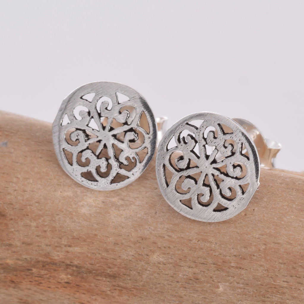 S489 - Mandala silver stud earrings