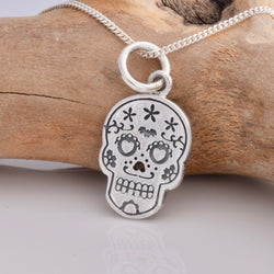 P568 - Day of the Dead skull silver pendant