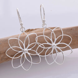 E593 - Large lily flower earrings