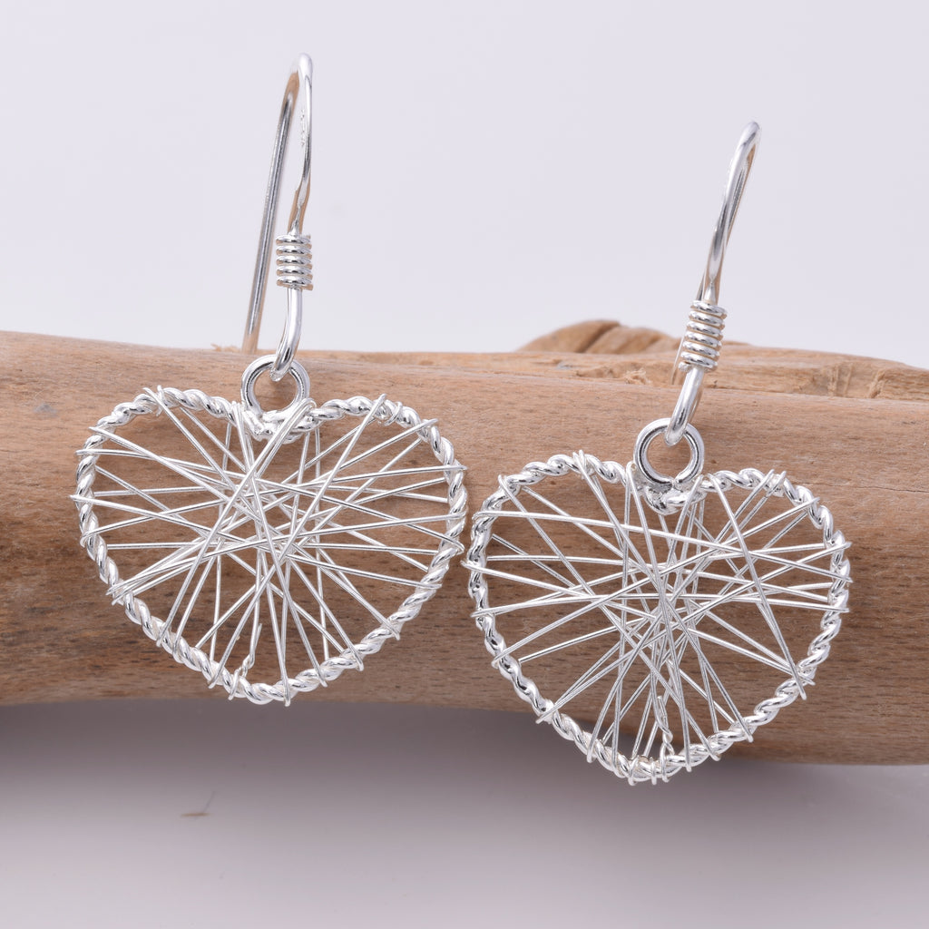 E095 - Wire wrap heart drop earring
