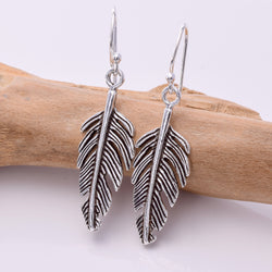 E431 - Tapered feather drop earrings