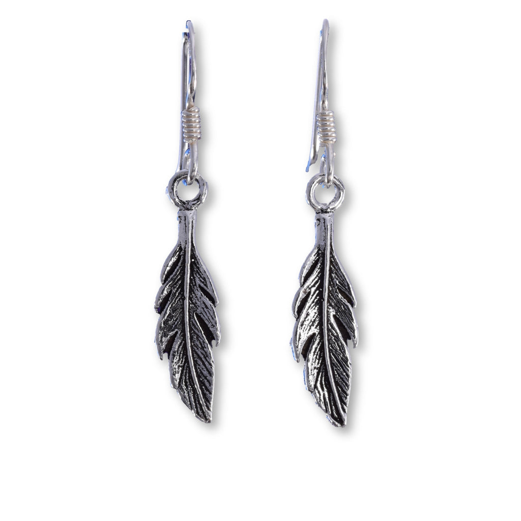 E568 - Silver leaf drop earring