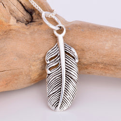 P420 - Broad Feather pendant