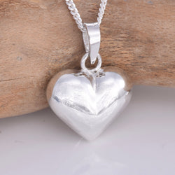P718 - Silver puff heart (12mm) pendant