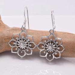 E652 - 925 Silver Mandala flower earrings
