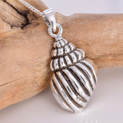 P620 - Silver sea shell pendant