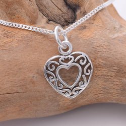 P294 - Filligree Heart Charm