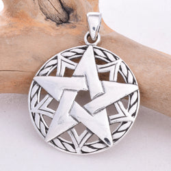P556 - Pentagram rope border pendant