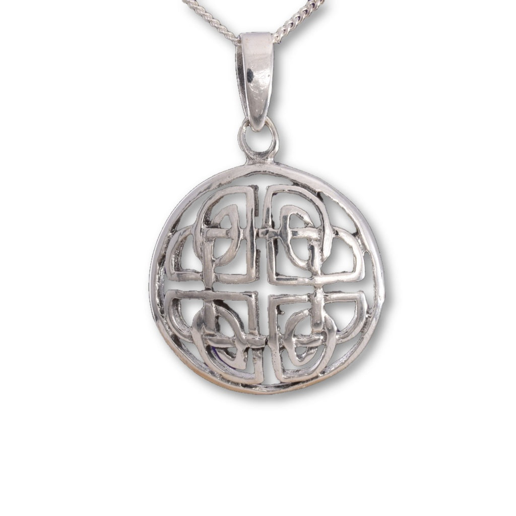 P589 - Celtic shield disc pendant