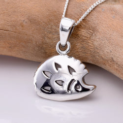 P761 - Cute silver hedgehog pendant