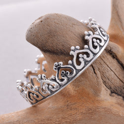 R121 - Crown shape ring
