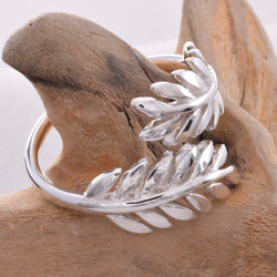R122 Laurel leaf wrap ring