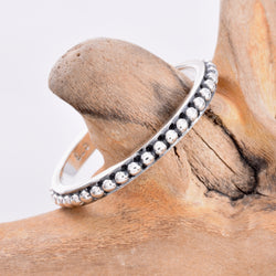 R129 - Silver bead design ring